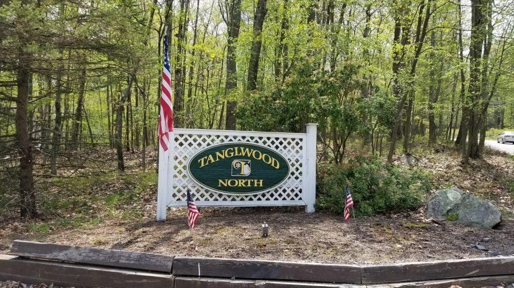 tanglwood north sign near hawley pa